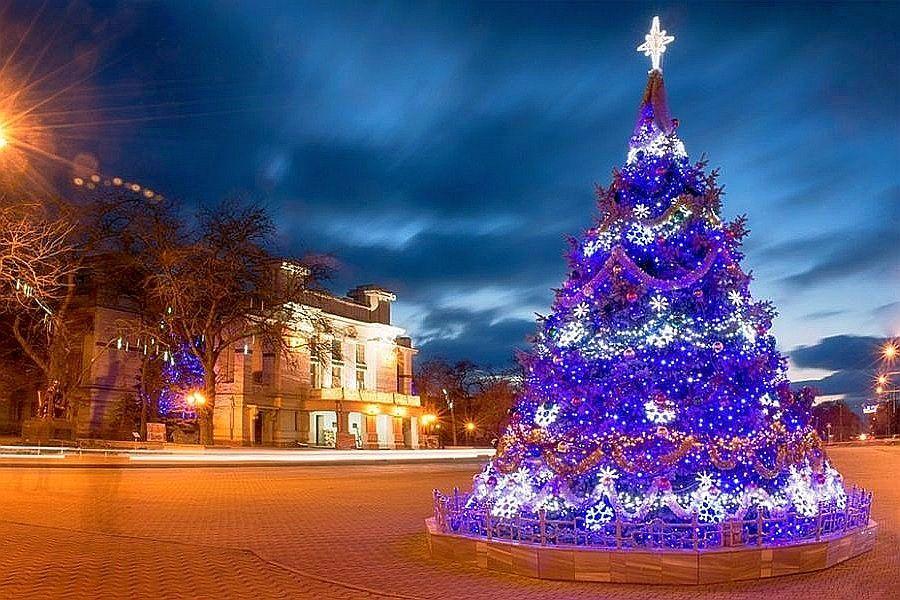 Евпатория - новогодняя елка