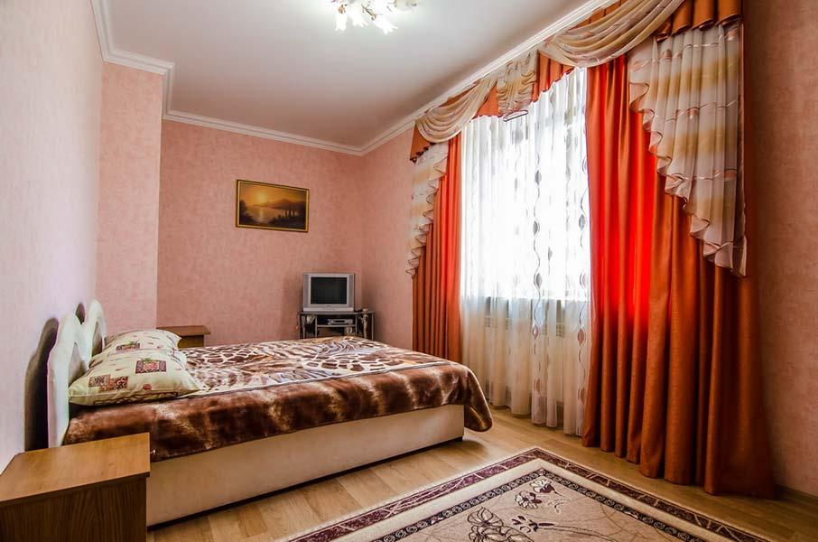 Апартаменты в Евпатории гостиница УЮТ