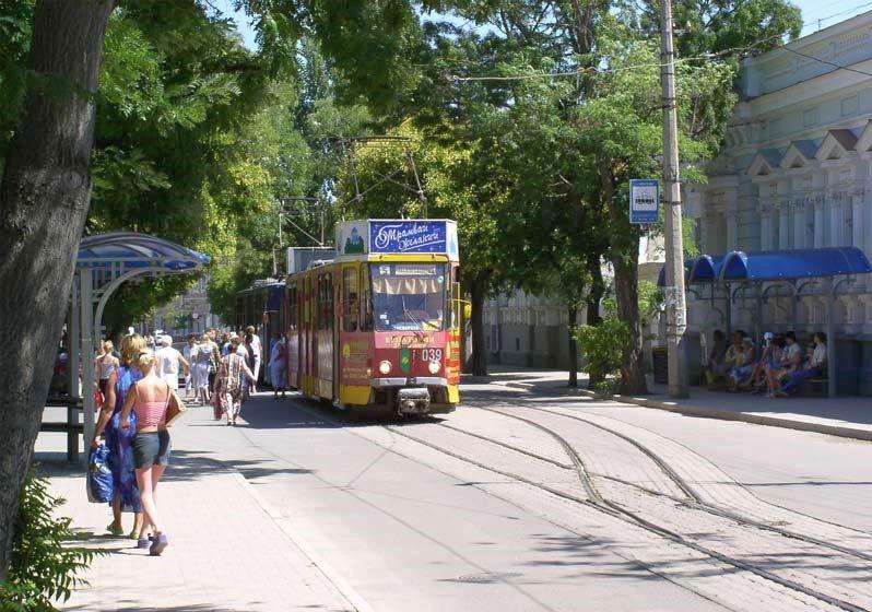 Экскурсионный трамвай в Евпатории